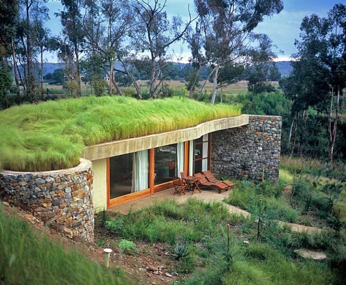 Hotelul de lux Forum Homini cu un acoperiş verde reconstituie leagănul umanităţii în Africa