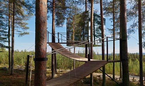 Tree Hotel: Hotel pe copaci în Suedia