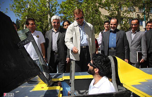 Gazelle 2: a treia maşină iraniană pe baterii solare