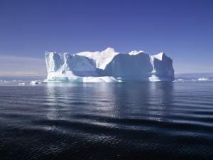 От Антарктиды откололся айсберг размером с Манхэттен