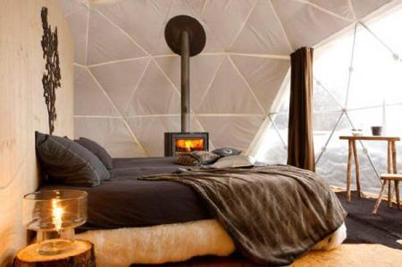 В Альпах Швейцарии размещен экологический горнолыжный курорт Whitepod eco resort