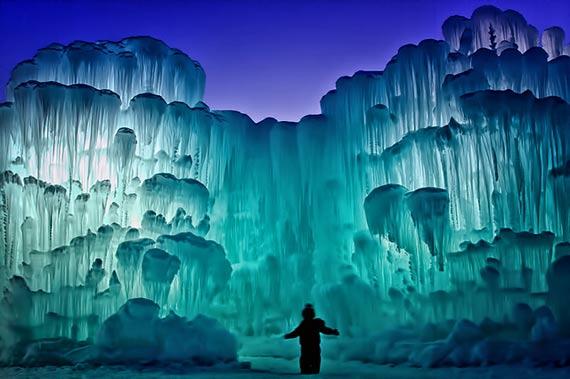 Sculpturile de gheaţă: arta întru salvarea naturii (Foto+Video)
