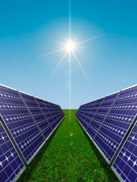 Energia solară înlocuieşte combustibilul diesel