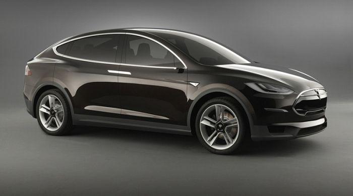 Tesla показала Model X — свой первый полностью электрический кроссовер
