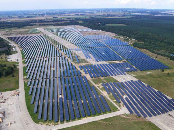 Topul 10 a celor mai mari centrale electrice fotovoltaice din lume în 2011