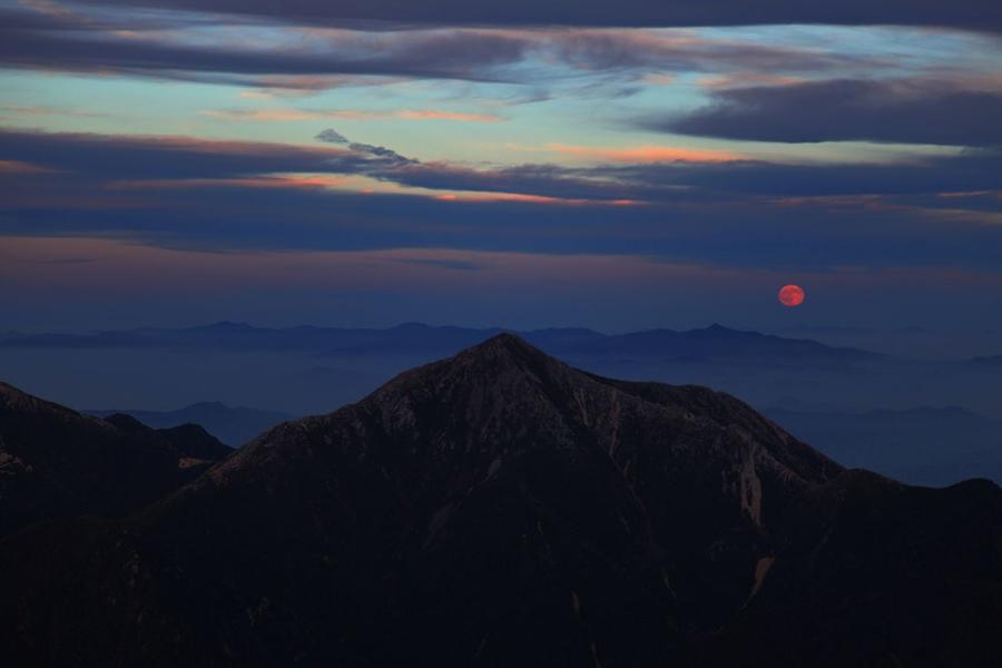 Звездное небо страны восходящего солнца (Фото)