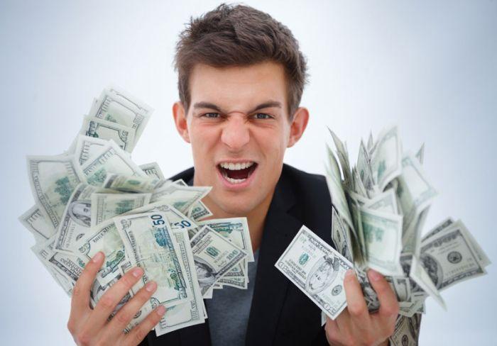 Viaţa sau banii?