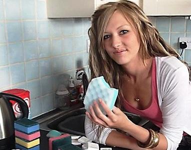 Губка для мытья посуды признана смертельно опасной