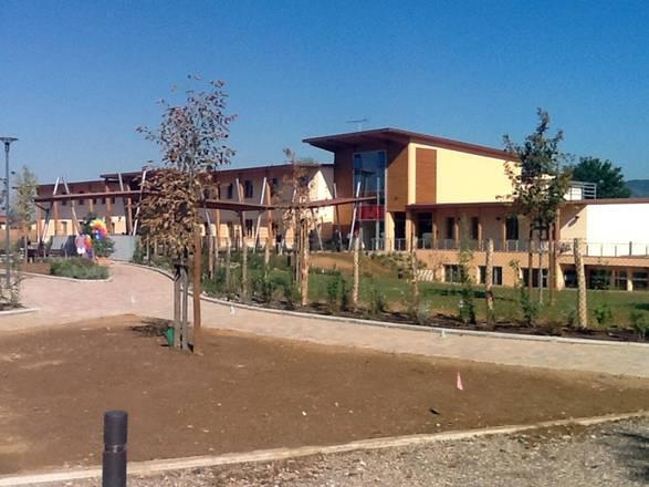 În orașul Montelupo Fiorentino (provincia Florența, Italia) a fost inaugurată şcoala ecologică pentru elevii claselor primare
