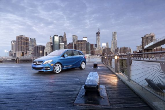 B-Class Electric de la Mercedes-Benz (+Video)