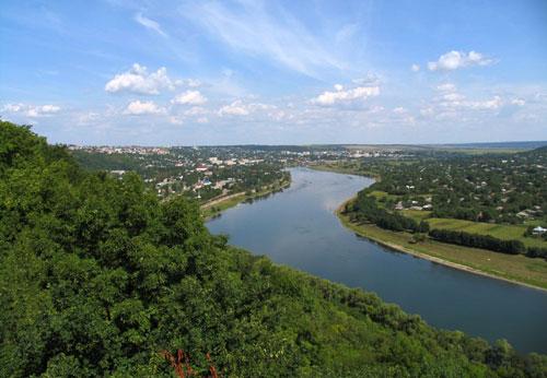 În Moldova va demara proiectul «Schimbările climatice în bazinul rîului Nistru»