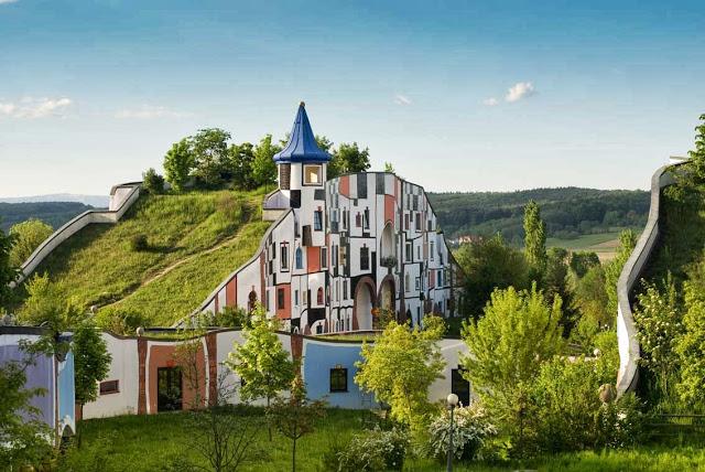 Необычные дома Австрийского архитектора (Фото)