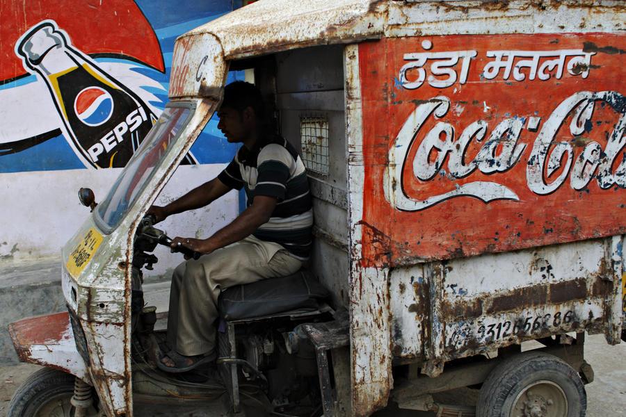 Победа граждан над крупной корпорацией: в Индии остановлен завод «Кока-колы»
