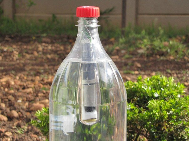 Lightie: автономный светильник в бутылке на солнечной энергии