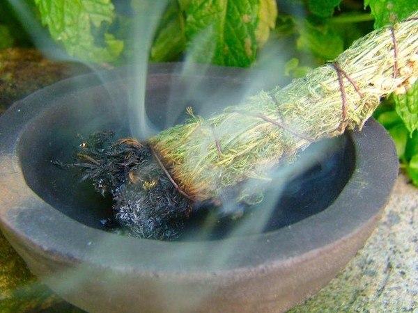 Очищение — окуривание дома травами