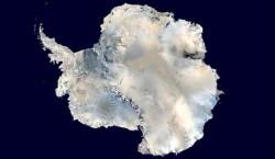 Антарктида поднимается с неожиданной скоростью