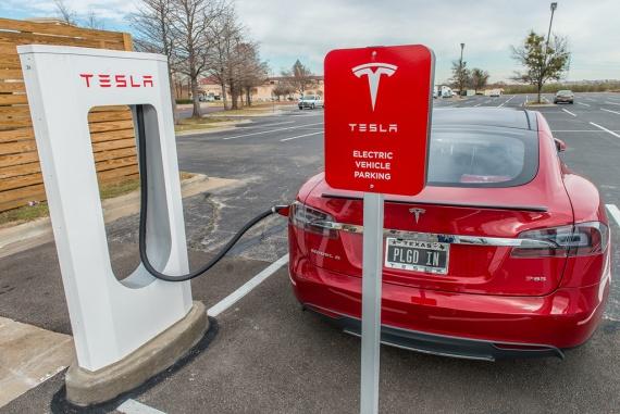 электрозаправки Тесла
