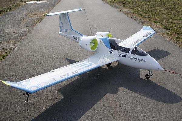 Prima aeronavă electrică de la Airbus