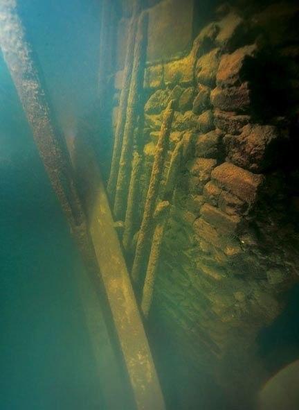 Древний город на дне озера
