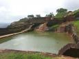 Бассейн вырезанный в гранитной скале
