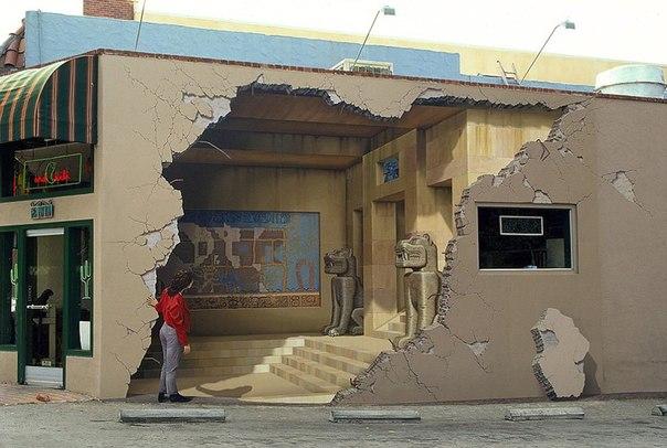 Раскрашенные стены - стрит-арт