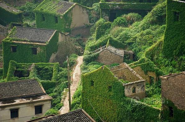 Заброшенная деревушка в Китае