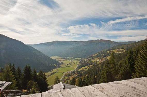 Almdorf Seinerzeit - альпийская деревня в духе традиций