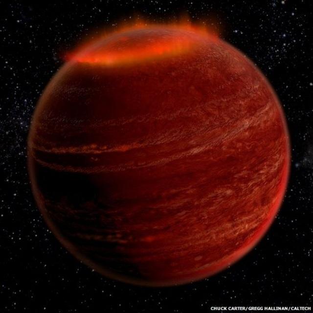 В созвездии Лиры ученые обнаружили явление, похожее на полярное сияние