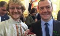 Череповчанин, напоивший иван-чаем Медведева намерен расширить производство напитка