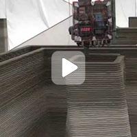 Парень просто взял и напечатал себе дом на 3D принтере (Видео)