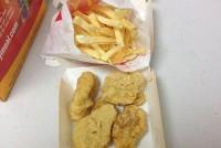 Американка показала купленную шесть лет назад еду из «Макдоналдса»