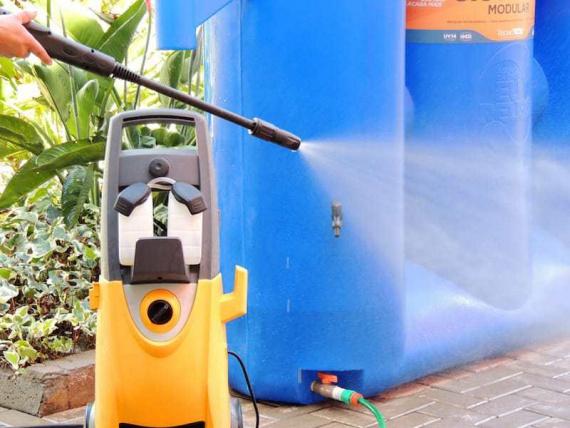 Вертикальный модульный банк для хранения и фильтрации дождевой воды
