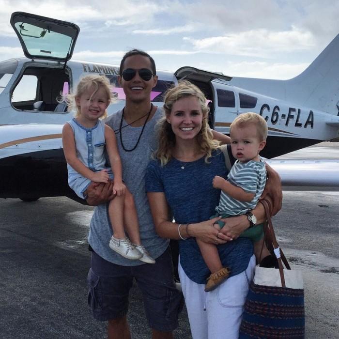 Миллионер распродал имущество, чтобы отправиться в путешествие с семьей