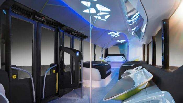 «Мерседес» показал беспилотный автобус будущего