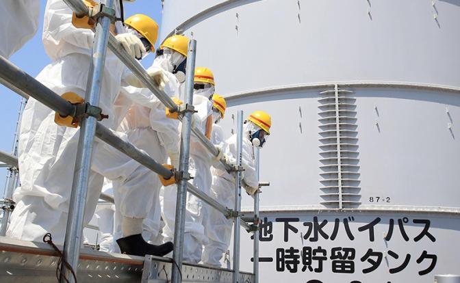 Fukushima a poluat întregul Ocean Pacific. Însă în jurul catastrofei domnește o tăcere stranie