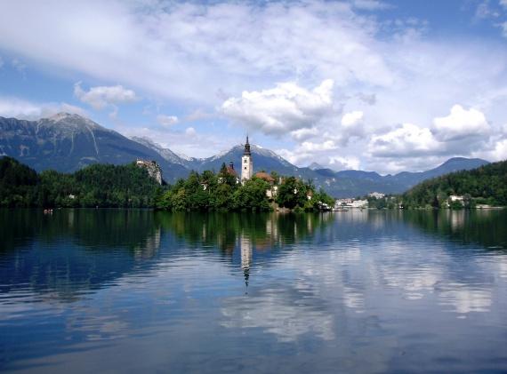 Словения - первая страна Евросоюза, закрепившая право человека на питьевую воду в своей Конституции