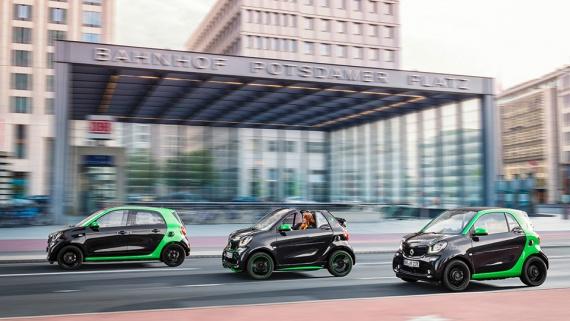 Электромобиль Smart заряжается быстрее, чем телефон