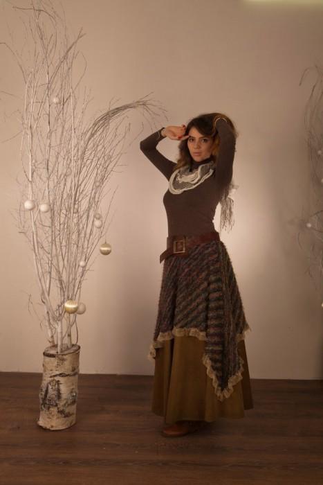 Целительная сила женской энергии, идущей через юбки и длинные волосы