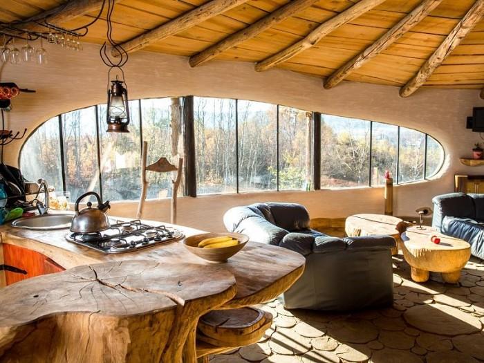 Круглый домик хоббита с зеленой крышей (+Фото)