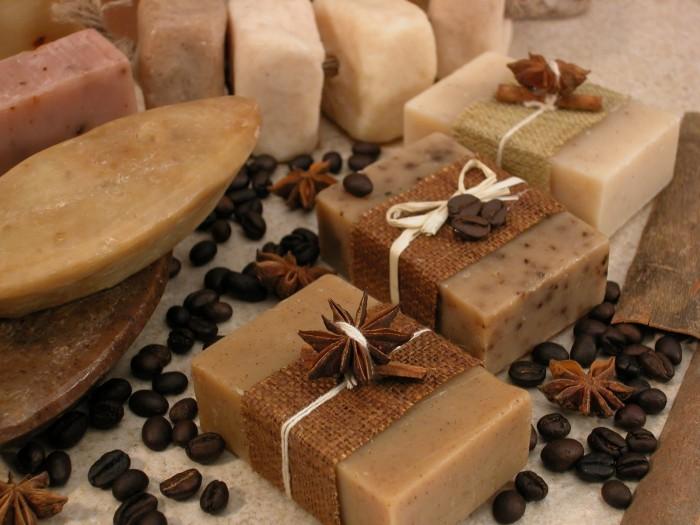 Неожиданное применение натурального мыла ручной работы для здоровья и красоты