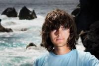 Юноша изобрел систему очистки мирового океана от пластикового мусора