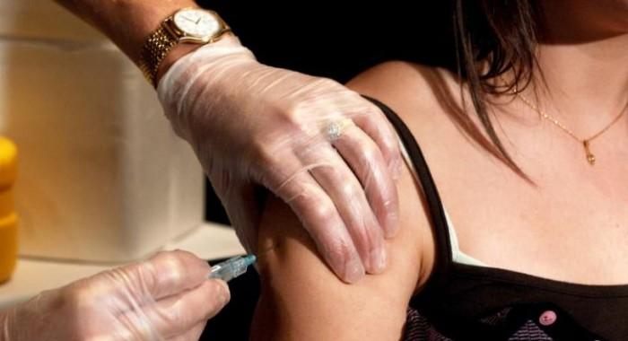 Стерилизация девочек через вакцинацию