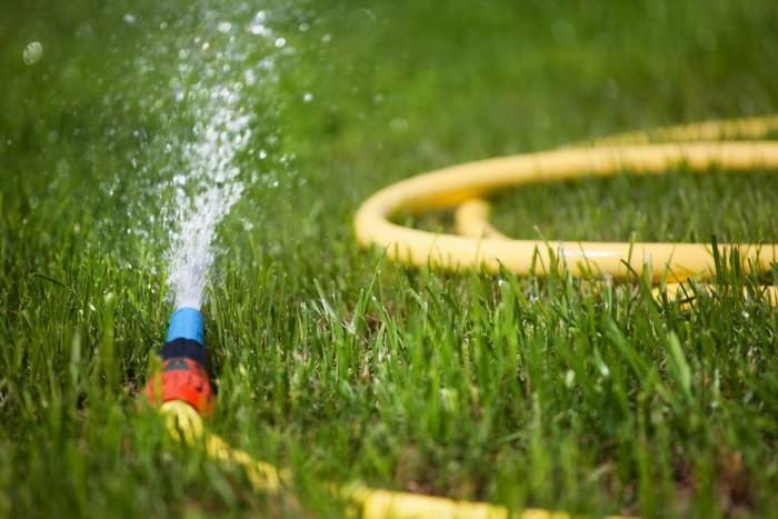 Лучший способ сбора дождевой воды для полива огорода
