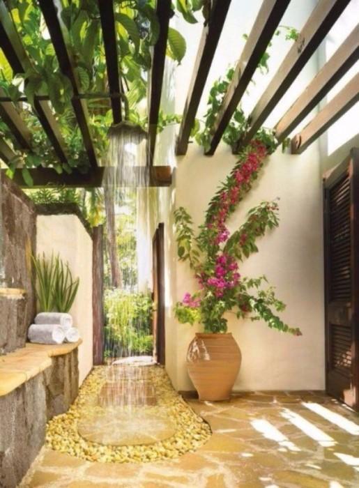 Красивые идеи летнего душа на вашем участке (+Фото)
