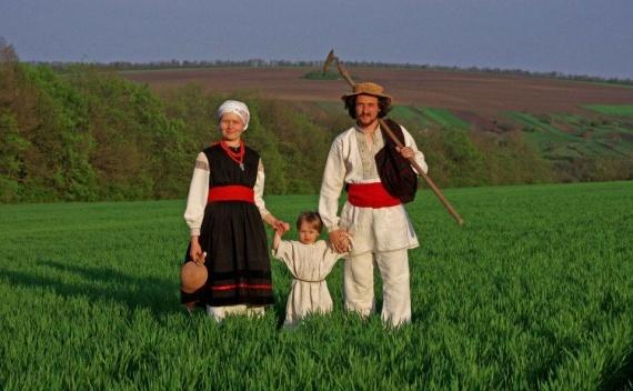 Самые известные украинские семьи, которые перебрались из города в деревню (+Фото)