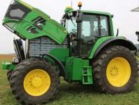 Огромная машина - трактор полностью на электрической тяге