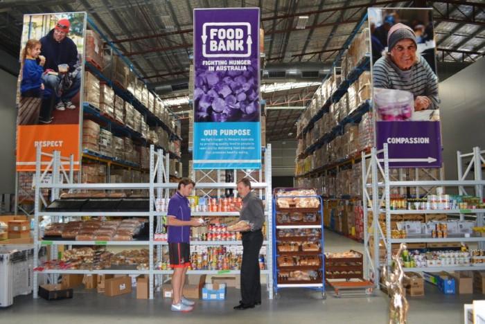 Магазин для нуждающихся из спасенных продуктов