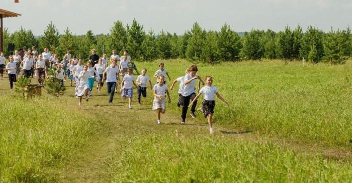 Выпускники школы Щетинина создали свой образовательный проект (Видео)