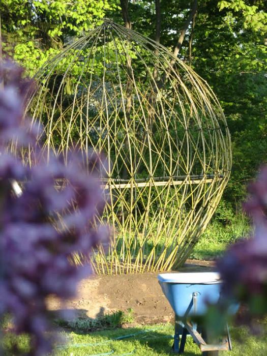 Живые структуры для сада - туннели, арки, ограждения (Фото)