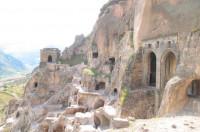 Как добраться до знаменитого пещерного города в Грузии
